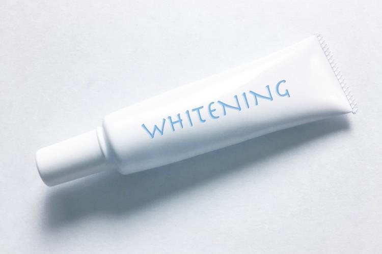 白い歯の男になるためのホワイトニング